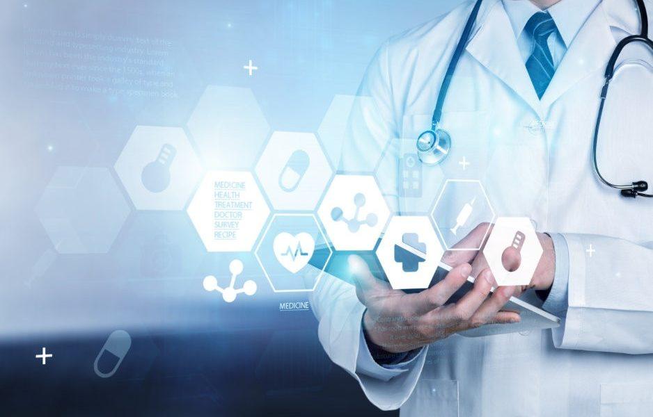 A migração digital de registros médicos requer um processo seguro de des...